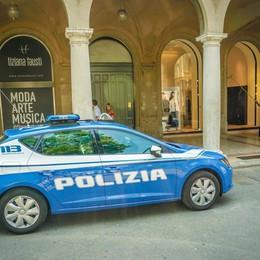 Raid in centro, c'è un video del colpo Furto da Tiziana Fausti da 115 mila euro