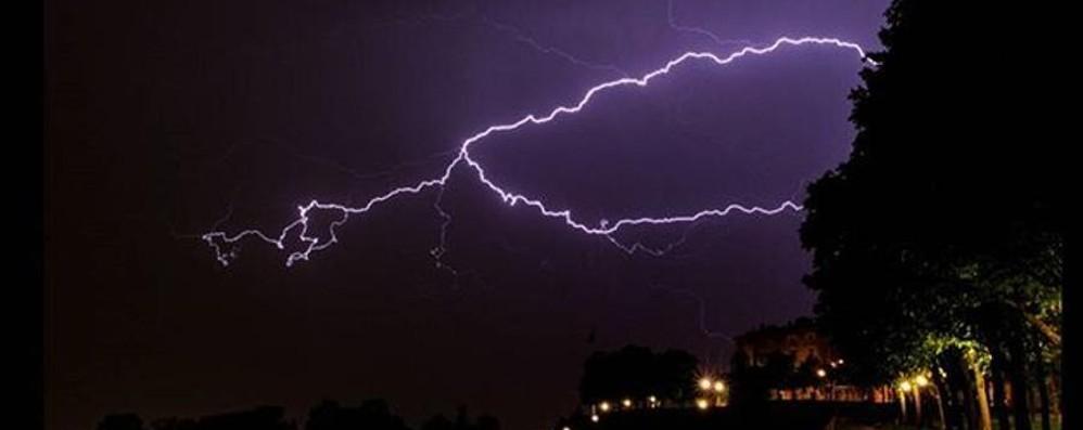Possibili forti temporali in Bergamasca L'allerta della Protezione civile lombarda