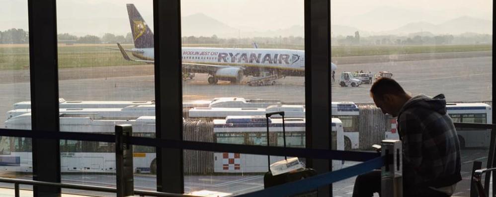 Il volo Ryanair per Maiorca non c'è Attesa di 24 ore, poi la partenza