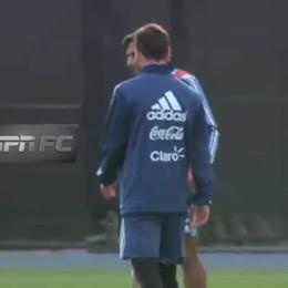 Messi fa «bailar» il Papu Gomez