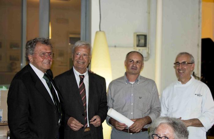 Da sinistra, Setti, Piombi, Tironi, lo chef Maffioli