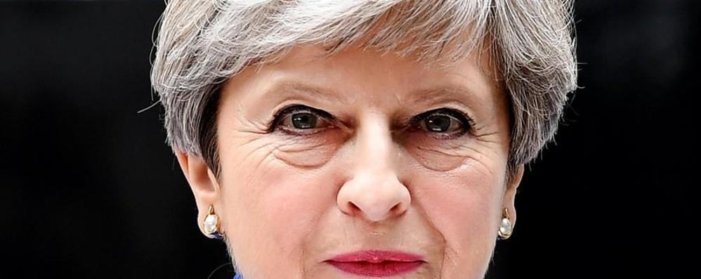 Attuare la Brexit e mantenere la sicurezza Gran Bretagna, fragile vittoria per la May