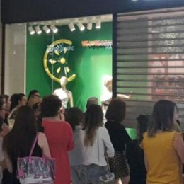 Anche a Bergamo via ai saldi estivi A Oriocenter assalto «rosa» - Video