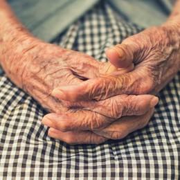 Nonna Maria, operata al seno a 114 anni «Sto bene, ma sto diventando vecchia»