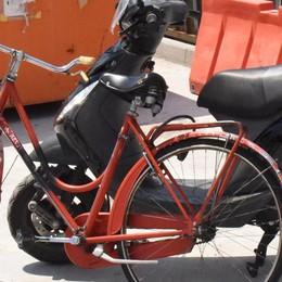 Seriate, moto contro bici in via Paderno Gravissimo   22enne di Pedrengo - Video