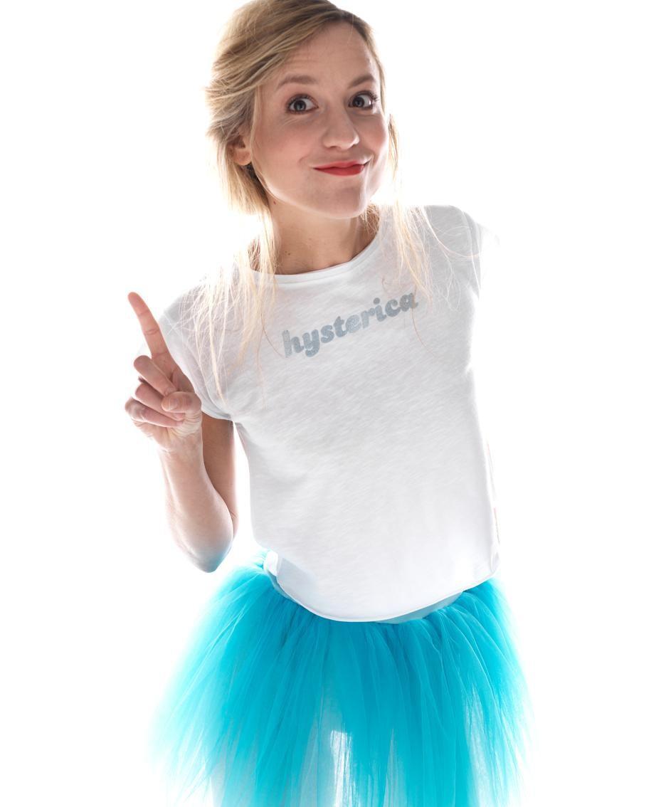 S'inventa «be» Elisabetta Moda E «ideafemministaDella T Shirt» CWdxBQroe