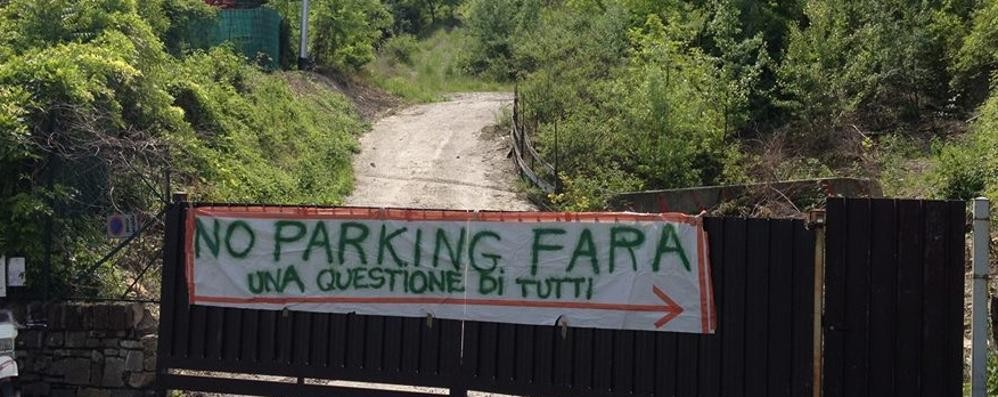 NoparkingFara, esposto in Procura «Palafrizzoni fermi il cantiere»