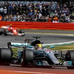 A Silverstone vince Hamilton Ferrari terza con Raikkonen