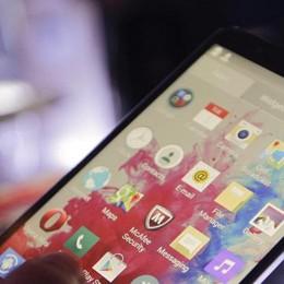 Smartphone cannibali Creano dipendenza