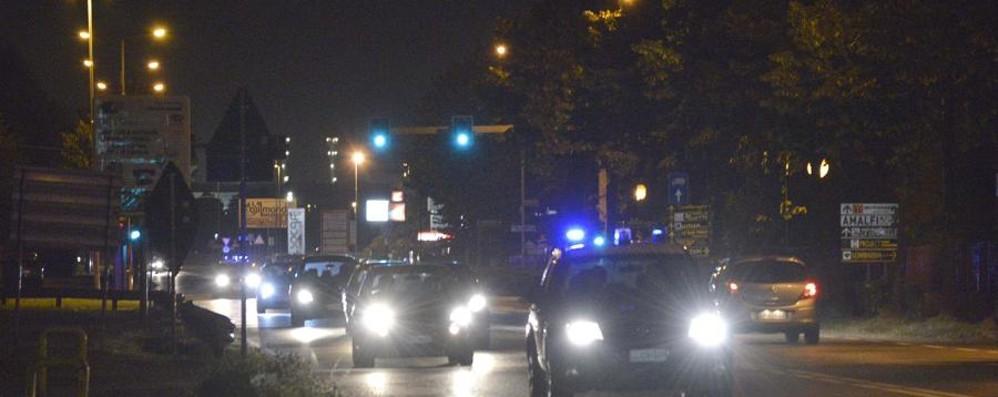 Provocano incidente a Martinengo Poi aggrediscono i carabinieri: denunciati