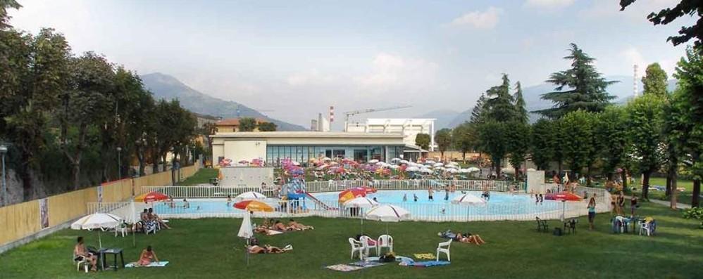 Alzano infarto in piscina 51enne salvato dal - Piscina alzano lombardo ...
