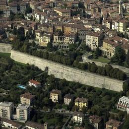 Grandi opere, grandi sprechi Le Mura? Costarono 10 volte di più