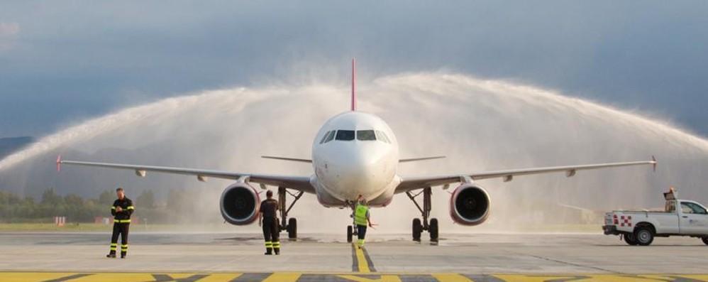 Inaugurato il nuovo volo Orio-Varna «Arco di trionfo» per salutare la novità