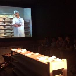 L'Eco café fa il pieno a Peghera Sagra del taleggio, Mainardi-show