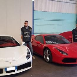 Nullatenenti, ma con tre Ferrari I bolidi sequestrati a Grassobbio