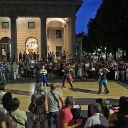 Stasera si balla a Bergamo Attenzione alle strade chiuse