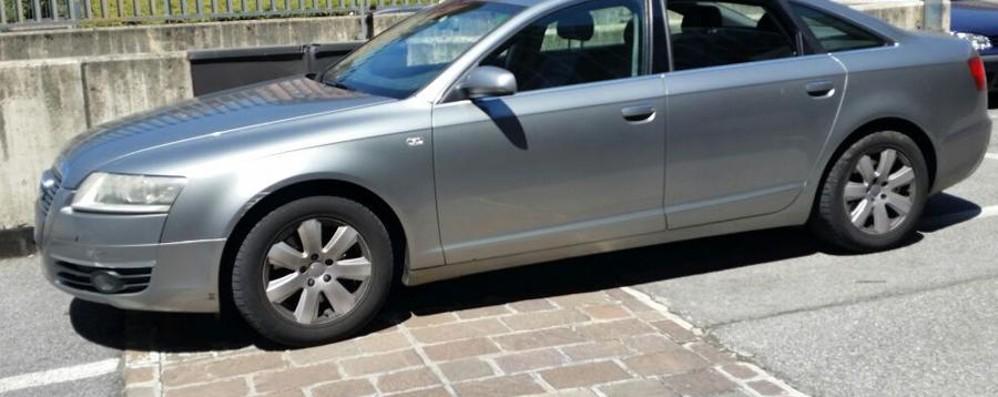 Rapine ai passanti, Audi intercettata  Inseguimento da film in via San Giorgio