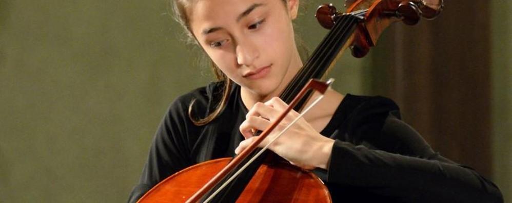 Caterina e il suo violoncello A 14 anni il sogno di Londra