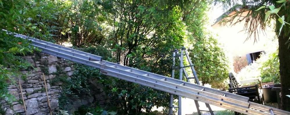 Folgorato su un palo della luce Bergamo, muore un 28enne