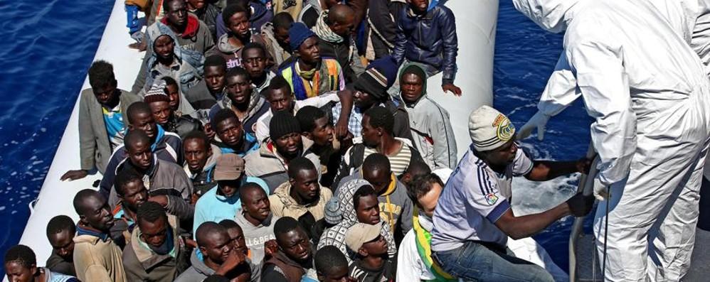 Migranti, governo in una strettoia