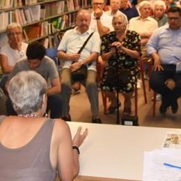 «Aerei, rumori in aumento»  I comitati raccolgono le firme