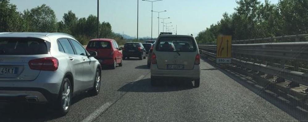 Lavori a Treviolo, code in mattinata Traffico in tilt sull'Asse interurbano