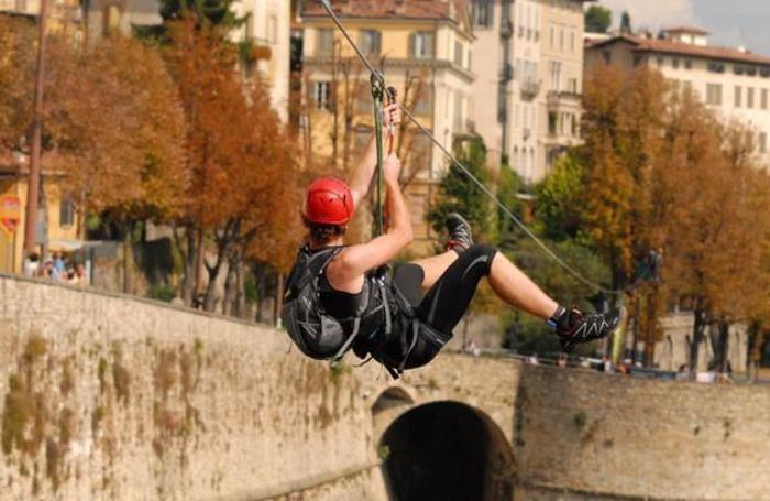 La teleferica montata sulle Mura Venete