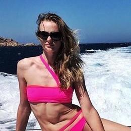 Le top model vestono bergamasco Veronica scelta dai vip in Sardegna