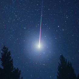 Solto Collina, sindaco spegne tutte le luci per ammirare al meglio le stelle cadenti