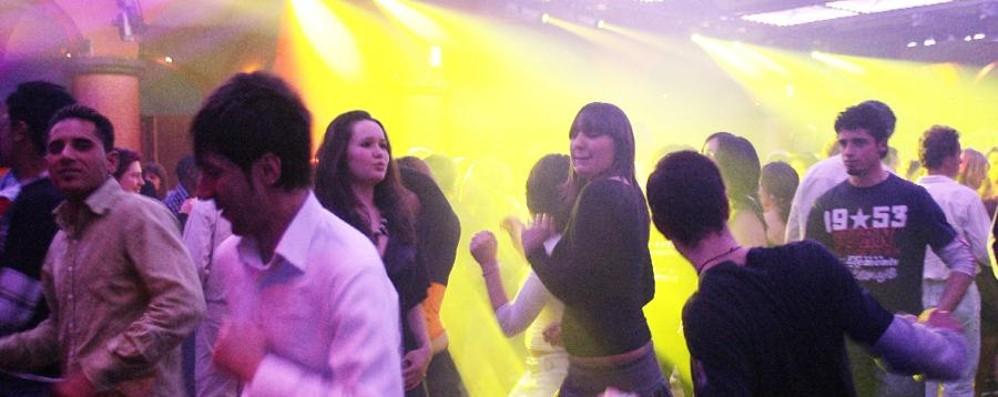 Alcol e droga, chiude il Number One Sospensione dopo un 18enne intossicato