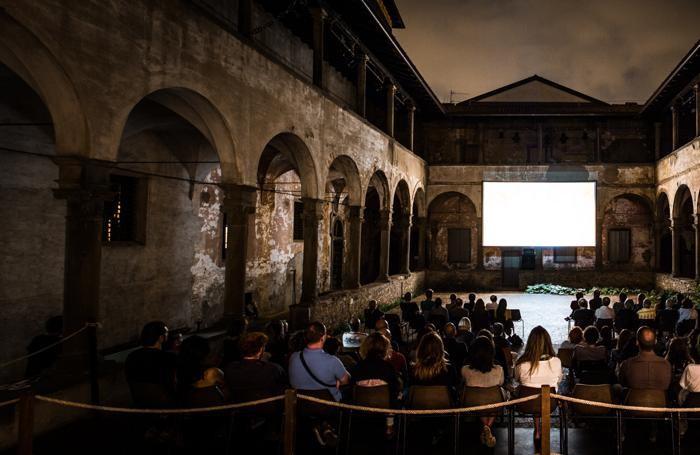 Al via CINE TASCABILE dal 17 agosto film nel Chiostro del Carmine in Città Alta