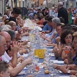 La cena di Santa Caterina fa il pienone E giovedì sera gli attesi fuochi artificiali