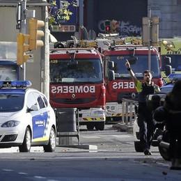 «Ho subito pensato a un attentato» Barcellona, il racconto di un testimone