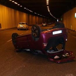 Pauroso incidente in galleria sull'Asse  Auto non si ferma, si cercano testimoni