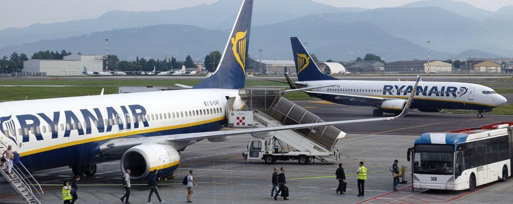 Quota 1 miliardo di passeggeri Ryanair svende 1 milione di posti