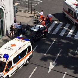 Bergamo, semaforo pericoloso Ciclista 60enne investito da un'auto