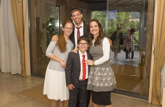 La famiglia Chaver che ha scelto la Valle Seriana per le sue vacanze