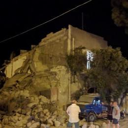 Terremoto a Ischia: danni e crolli, 2 morti  Tutti salvi i tre fratellini sotto le macerie