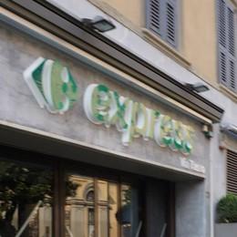 Un nuovo supermercato in centro In via Tasso apre oggi il Carrefour