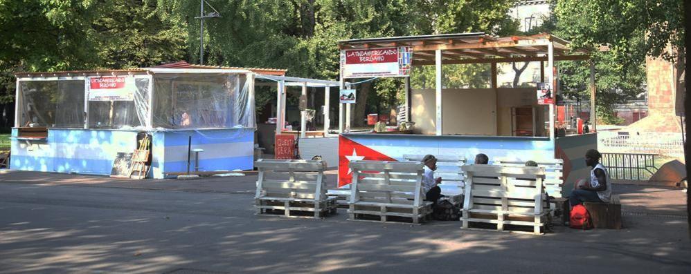 Bergamo, Piazzale Alpini ancora flop Estate già finita, dehor chiude in anticipo