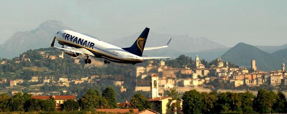 Ryanair «saldi» di fine estate Sconti  su 2 milioni di voli anche da Orio