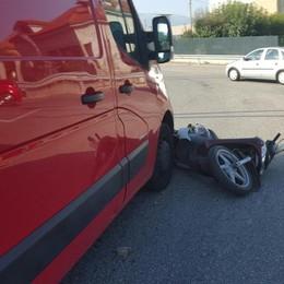 Moto contro furgone a Suisio Elicottero in azione, due feriti