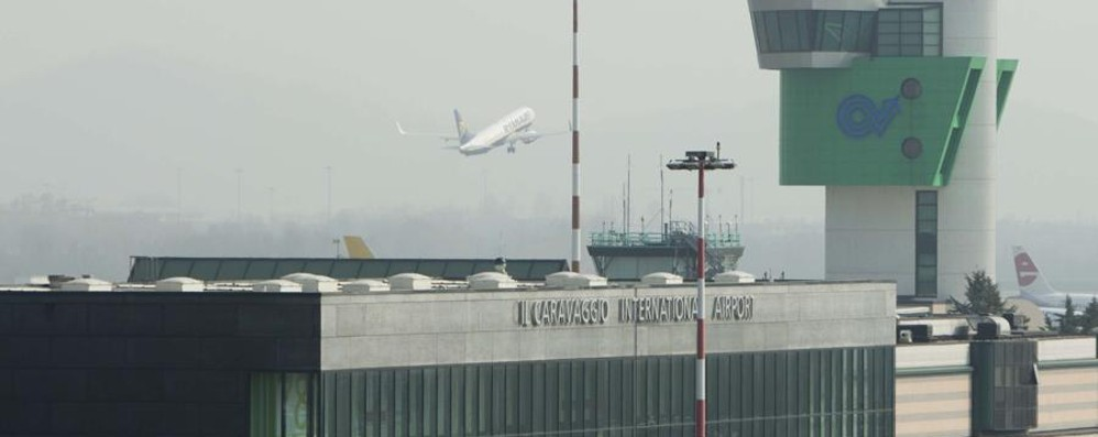 Orio, l'aeroporto diventa social «Atterra» su Facebook e Instagram