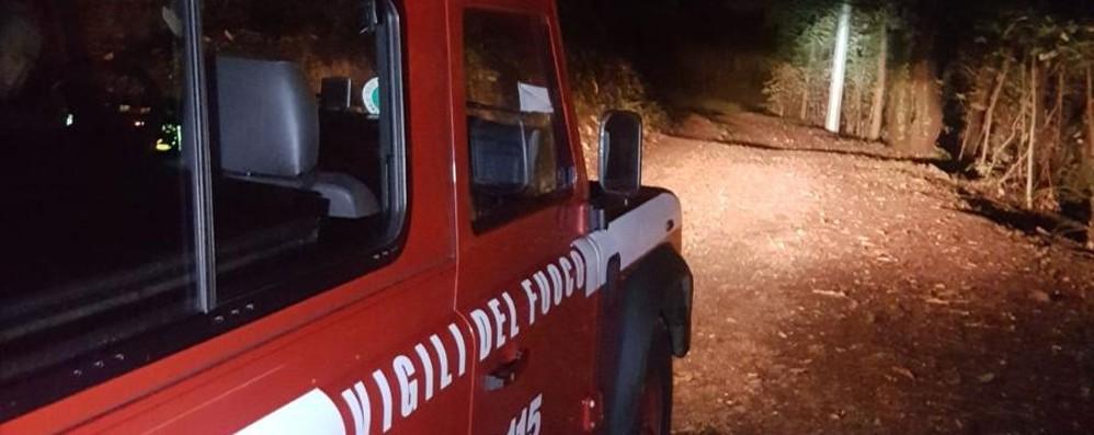 Gazzaniga, cade con la moto nel bosco Recupero difficile per un 15enne, salvo