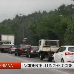 Ponte del Costone, incidente manda in tilt il traffico in Val Seriana