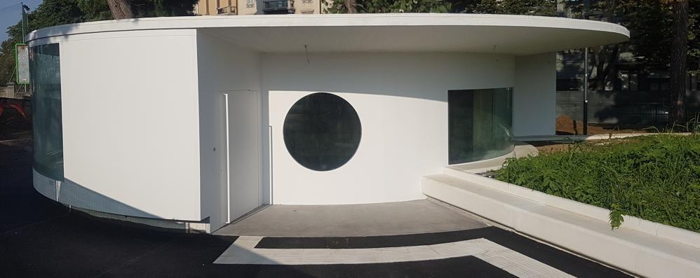 L'«Ufo» è atterrato in piazzale Marconi Conto alla rovescia per l'ufficio turistico