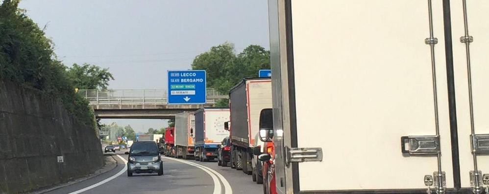 Incidente sull'Asse interurbano Traffico in tilt da Orio a Curno
