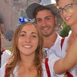 A Gardaland torna l'Oktoberfest tra canti, balli e specialità Bavaresi