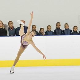 La magica danza  di Carolina Kostner A Bergamo è show sul ghiaccio -Video
