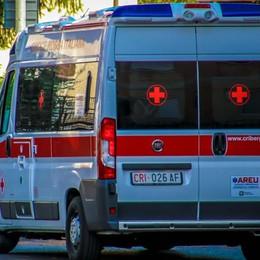 Ranzanico, scontro fra due auto 58enne rimane incastrata, è grave
